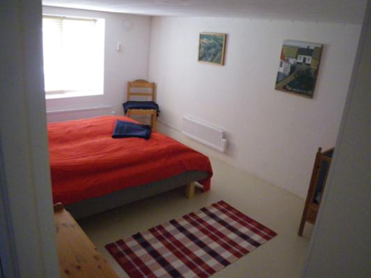 Sovrum - sovrum med barnsäng