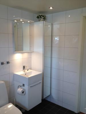 Badrum - bad/dusch/toalett