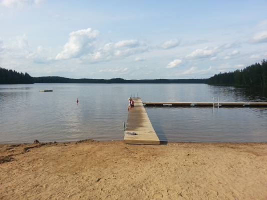 Övrig - Allmän badplats med sandstrand 8 km avstånd från stugan