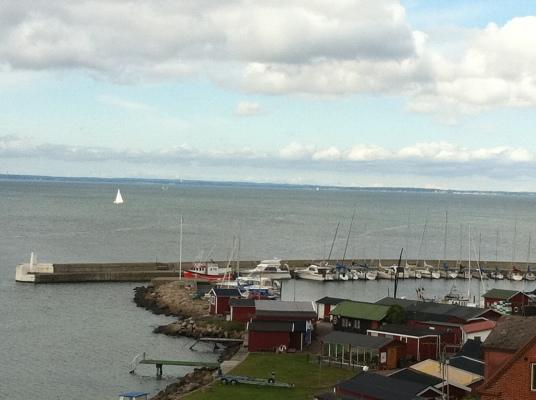 på vintern - hamnen i Ålabodarna
