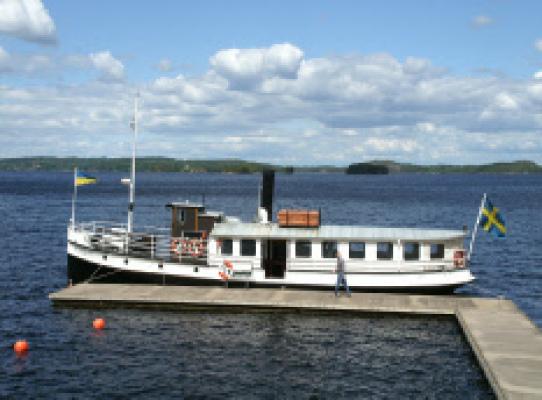 Övrig - Tar gärna en åktur med den gamla ångbåten Boxholm II