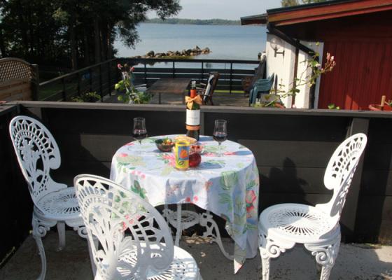 Terrass - Balkong med sjöutsikt och kvällssol