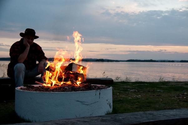 Utomhus - Grillplats vid sjön
