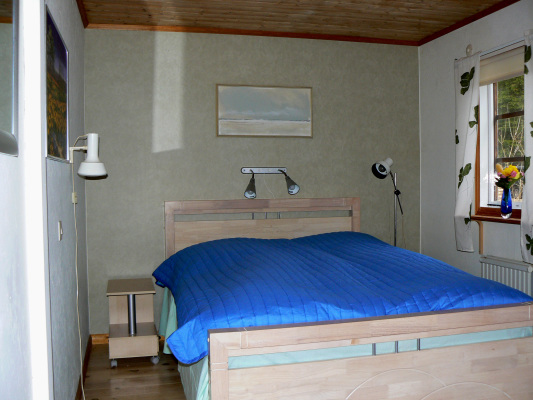 sleeping room - bedroom 1 with double bed