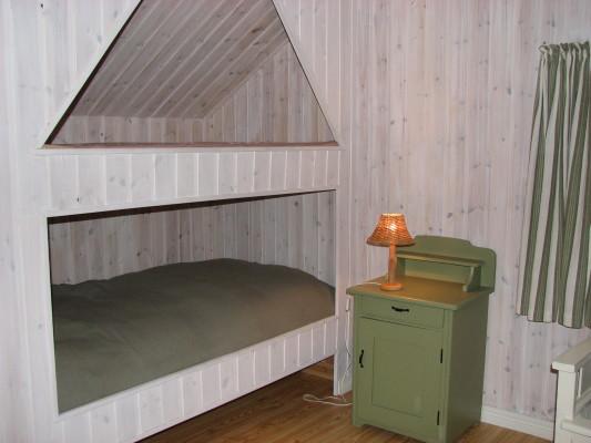 Sovrum - sovrum 1 med en inbyggd säng