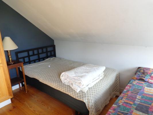 Sovrum - Sovrum 2 med 1 st 1x120 säng och 1 st 90 säng höj och sänkbar