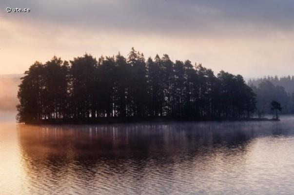 Omgivning - Ö i sjön Lejen