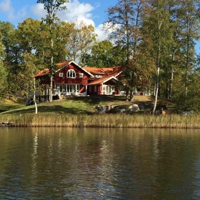 View summer - Villa Opphem from the lake