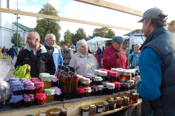 Omgivning - Höstmarknad i Eksjö