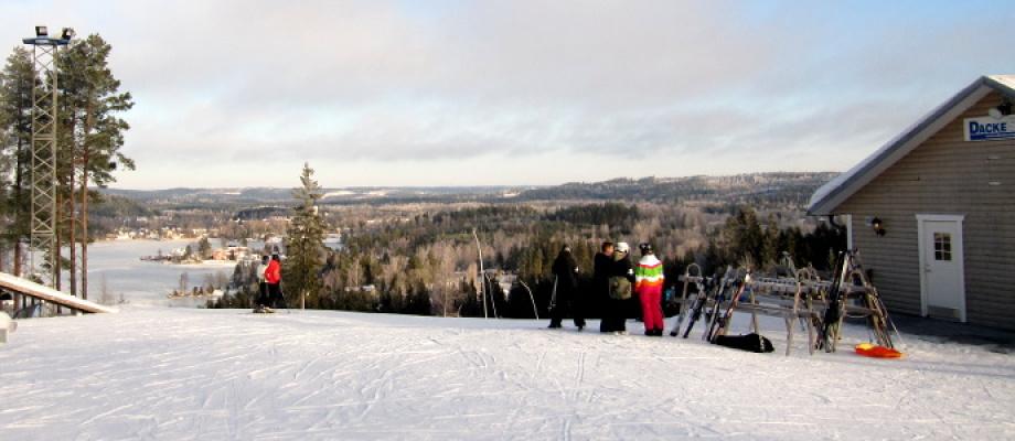 på vintern - Dackestuppet, toppen och toppstugan