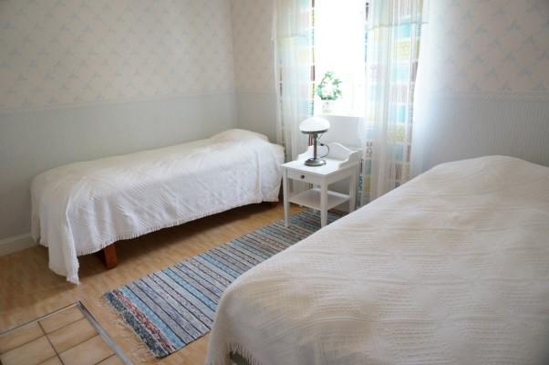 Sovrum - Sovrum med två enkelsängar