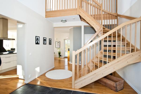 Interiör - trappan upp