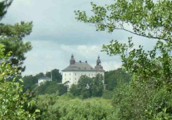 på sommaren - utsikt mot slottet