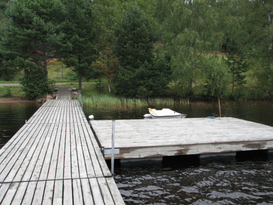 View summer - footbridge, seen from the lake