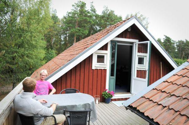 Terrass - Matplats utomhus på terrassen. Möjlighet att grilla finns.