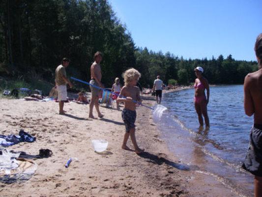 på sommaren - fina sandstränder finns 3 km bort