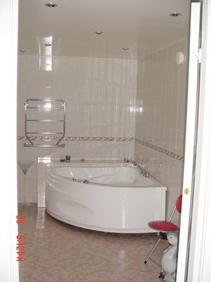 Badrum - badrum med jacuzzi