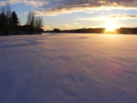 på vintern - Solnedgång i december.