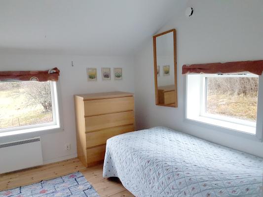 Sovrum - Sovrum 3 med två sängar som kan placeras ihop eller isär.