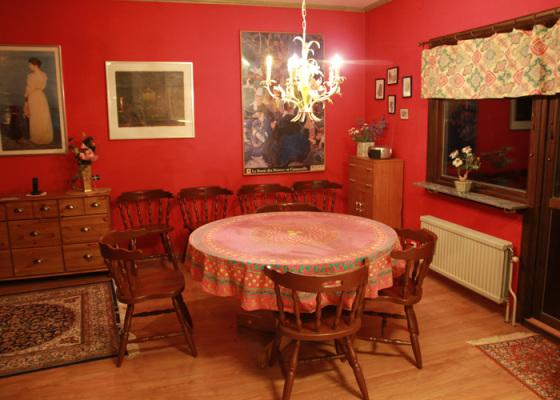 Interiör - Matplats för upp till 8 personer inomhus