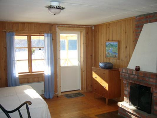 Övrig - Sovrum med öppen spis