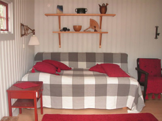 sleeping room - guest hut
