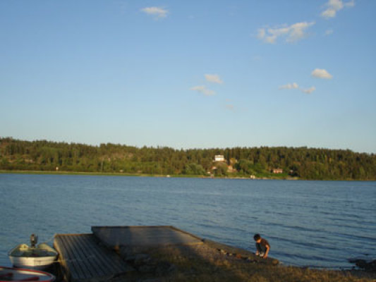 På sommaren - båtbryggan
