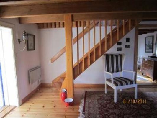 Interiör - hall med trappa