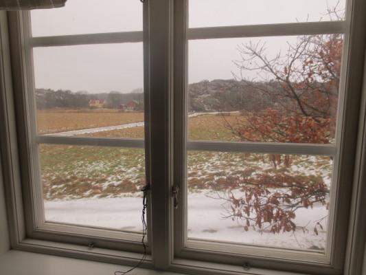 på vintern - Utsikt från skrivbordet i sovrum