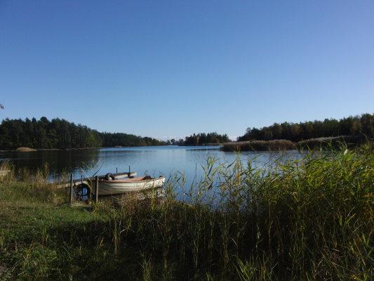 på sommaren - En av flera badplatser i Saltorsviken.