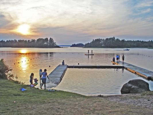 på sommaren - Bolmens badplats