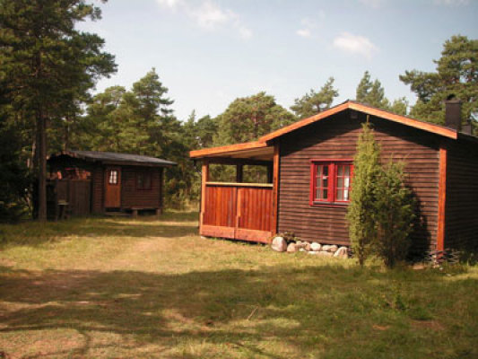 out of house - holiday home with guest hut