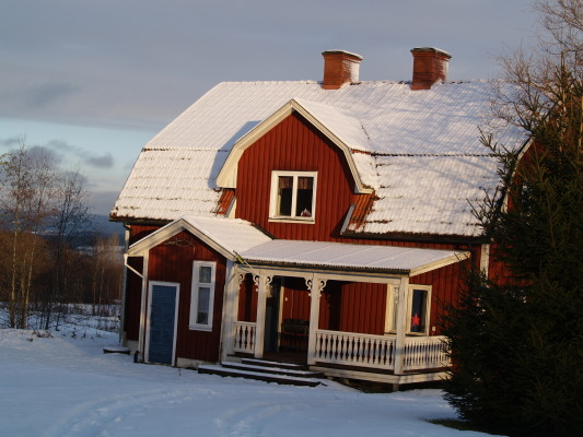 På vintern - 10 minuter till Sunne Ski.