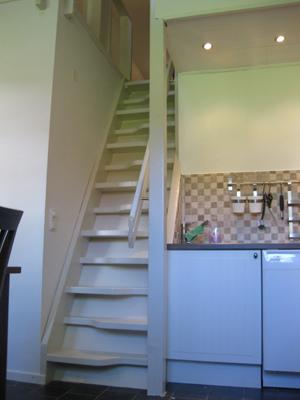 Övrig - brant trappa upp